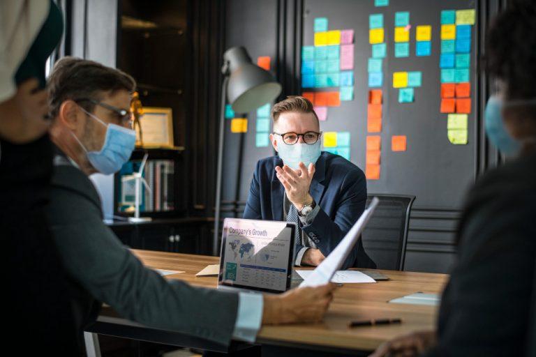Ce afacere sa deschizi in pandemie. 5 idei din care sa te inspiri
