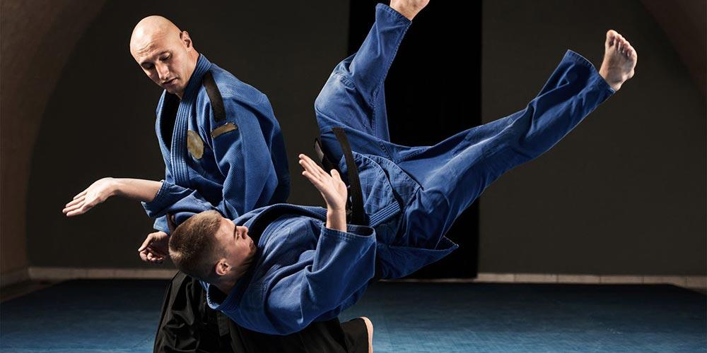 Aikido, dincolo de tehnicile de autoaparare. De ce sa practici acest stil de arte martiale