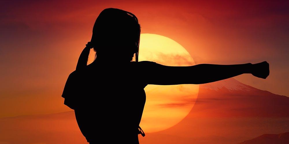 Cum sa te mentii mereu in siguranta. 6 stiluri de lupta care te invata sa te protejezi in orice situatie